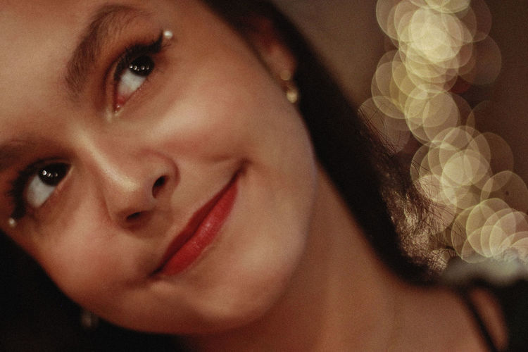 Holidays, 2018 Portrait Headshot One Person Real People Close-up Indoors  Young Adult Young Women Looking At Camera Lifestyles Front View Women Females Leisure Activity Lipstick Child Smiling Body Part Human Face Beautiful Woman Contemplation Human Lips Holidays Christmas Bokeh