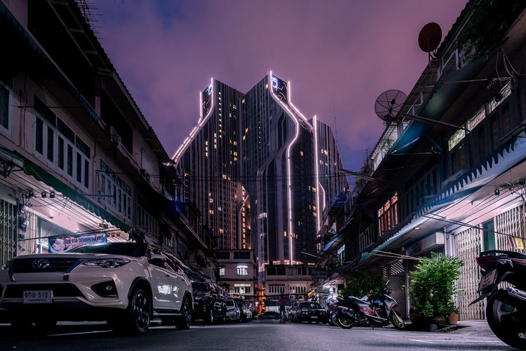 From past to future Alley City Life City Street Residential District Light Modern Architecture Modern Building Urban Bangkok Contrast Modern Skyscraper Street City Architecture Built Structure Capture Tomorrow Futuristic Future Humanity Meets Technology The Architect - 2019 EyeEm Awards