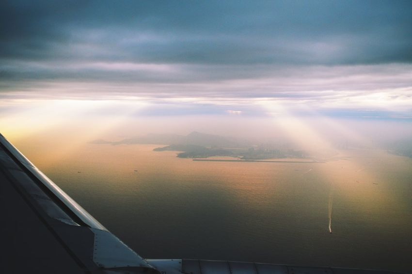 fly up high in the cloud EyeEm Best Shots EyeEm Nature Lover EyeEm Gallery Eyeem4photography Beauty In Nature Airplane Sunset City Commercial Airplane Aerial View Sky Cloud - Sky Travel Sky Only Jet Engine Aircraft Wing