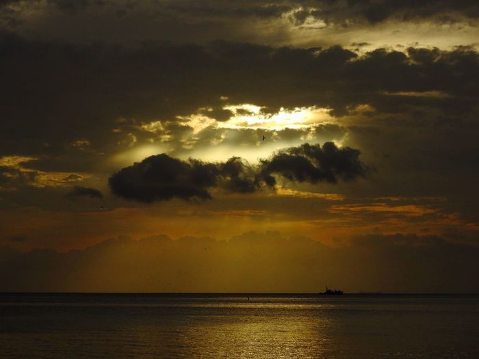 Sunset Water Sky Scenics - Nature Cloud - Sky Sea Beauty In Nature Sunset Tranquility Tranquil Scene Nature Reflection Idyllic Horizon Over Water No People Sunlight Horizon Orange Color Outdoors