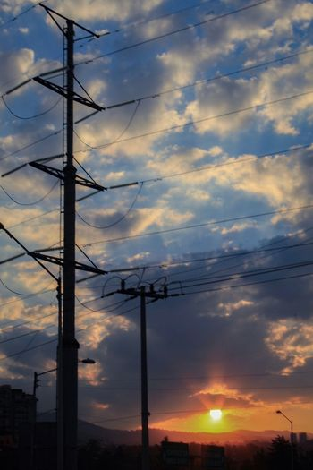 Admirando él horizonte Cloud - Sky Sunset Cable No People Beauty In Nature Nature Electricity Pylon Outdoors Electricity  Tranquility City Cdmx17
