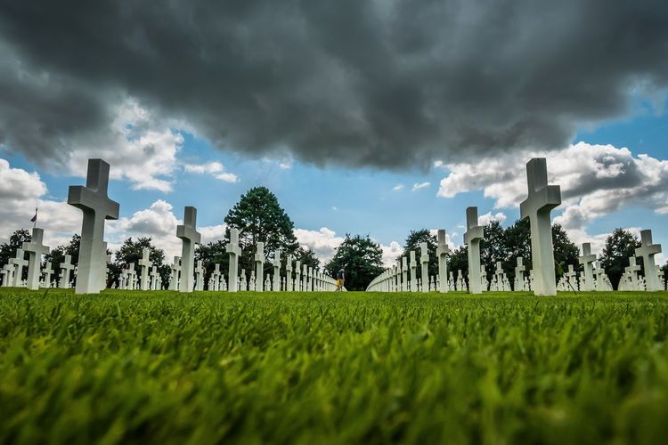 Normandie American Cemetery Colleville-sur-Mer Cross White Omaha Beach Dday Normandy Landing Ww2 Memorial Graves Graveyard Perspective Lines Dark Clouds Grass Light And Shadow Green Color Outdoor From My Point Of View EyeEmBestPics EyeEm Gallery EyeEm Nature Lover EyeEm Best Shots Land
