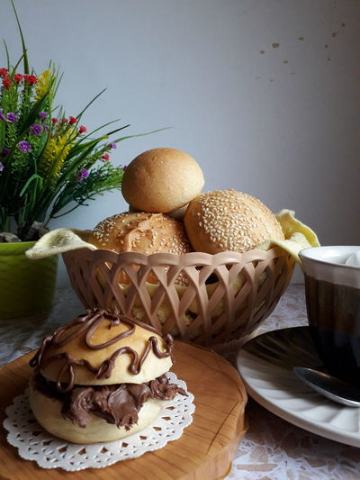 Roti2 Ku Easter