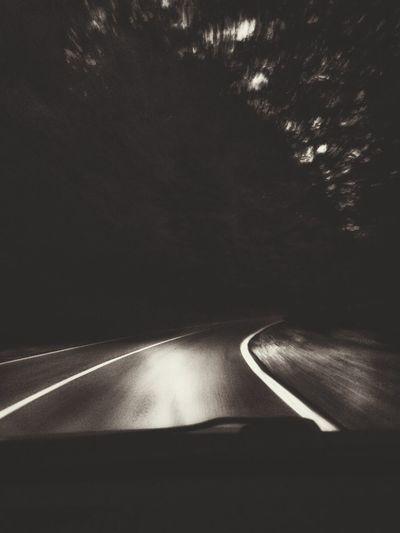 Learn & Shoot: Leading Lines Trip Enjoying Life Nightphotography Blackandwhite