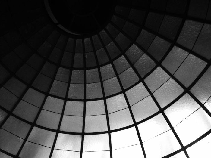Notes From The Underground Minimalism Simplicity Darkness And Light Light And Shadow Monochrome Black And White