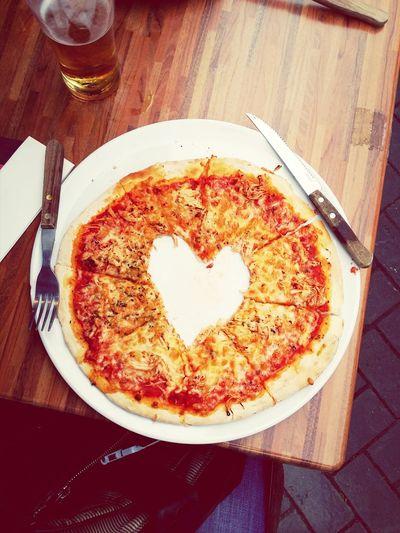 Love Liebe Pizza