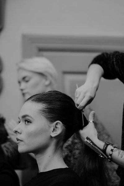 D3100 Fashion Nikon Back Stage Backstage Beautiful Woman Beauty Collection Fashion Photography Hairdresser Hairstyle Human Hair Indoors  Model Nikonphotography Preparation  Women Young Women