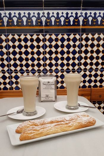 Horchata  Mandelmilch Almondmilk València Valencia, Spain SPAIN Drink Drinking Glass Coffee Time Coffee Break Cake Enjoying Life Enjoy Städtereise Citytrip Travellover Vacations Pupparazzi Reisen Ist Meine Medizin Traveling Happiness Holiday EyeEm Selects Drink Food And Drink Coffee - Drink Drinking Glass No People Indoors  Studio Shot Drinking Straw Frothy Drink Quality Freshness Ready-to-eat Close-up