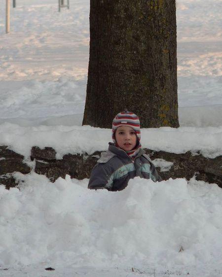 Ziemasprieki Winterjoy Ziema Winter Berns Child Sniegs Snow Portrets Portret Kupena Snowdrift Baltictrend Latvija Latvia Photoshoot Ig_myshot