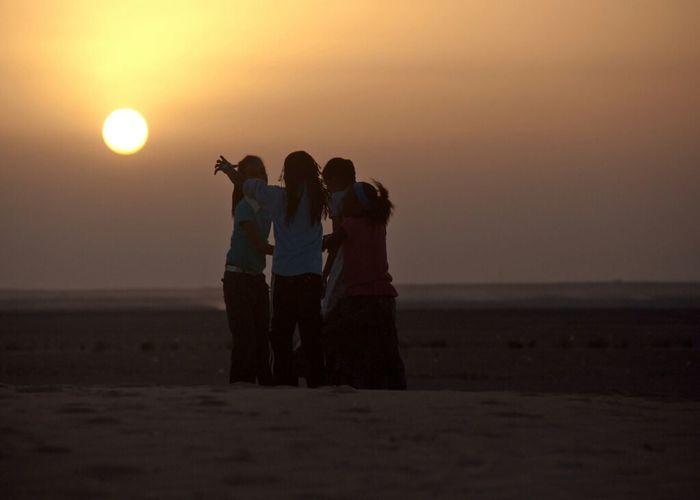 Dusk Sahara Childsplay Deserts Refugeecamp Western Sahara