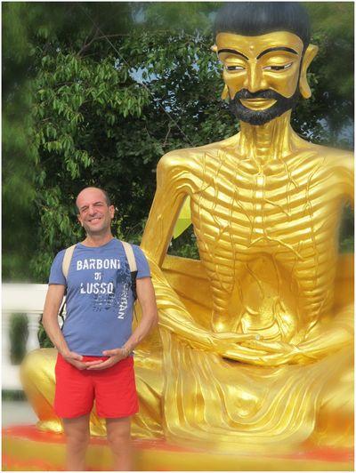 Victor Noc Art 🎱 Vittorio Nocente VictorNocArt Thailandia 2015 VicNoc La Collina Del Budda Artfoto VittNoc Photo Thailandia Noc Art 👉 Sfumature Pattaya City Budda Con Barba Che Mi Guarda