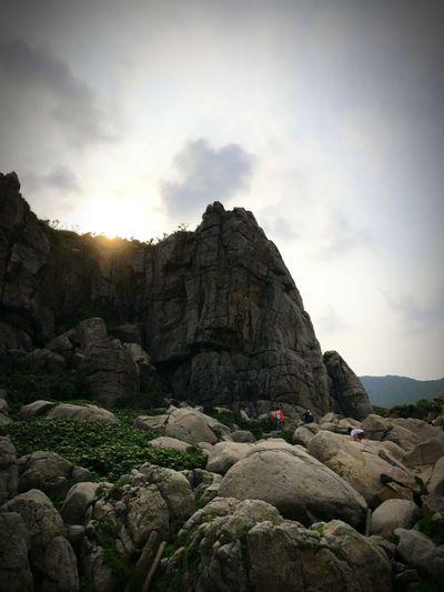 意外發現的遊戲場 Astronomy Cliff Fossil Rock - Object Rock Formation Sky Landscape Cloud - Sky