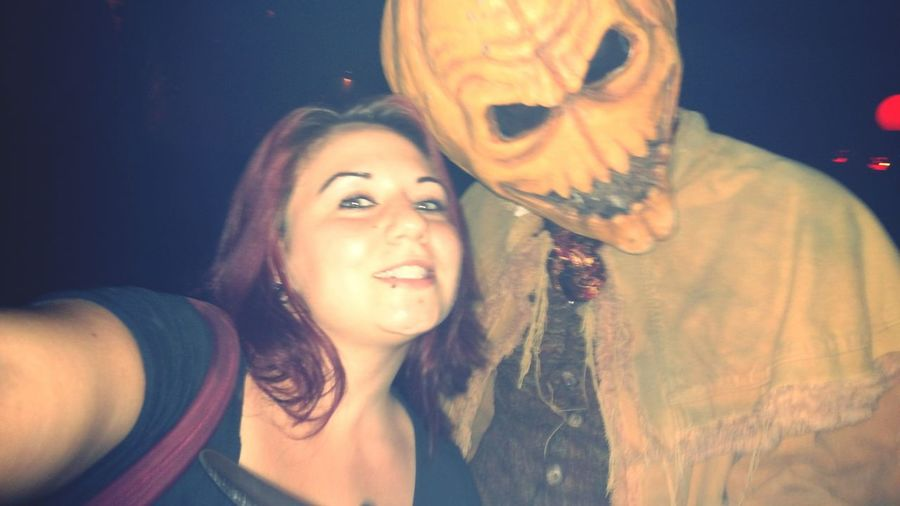 I asked him to give me a little pumpkin spice ;D .... Pumpkinhead Universalstudios Halloween Horror Nights Halloween Haunted House Hanging Out Dark Humour Love It