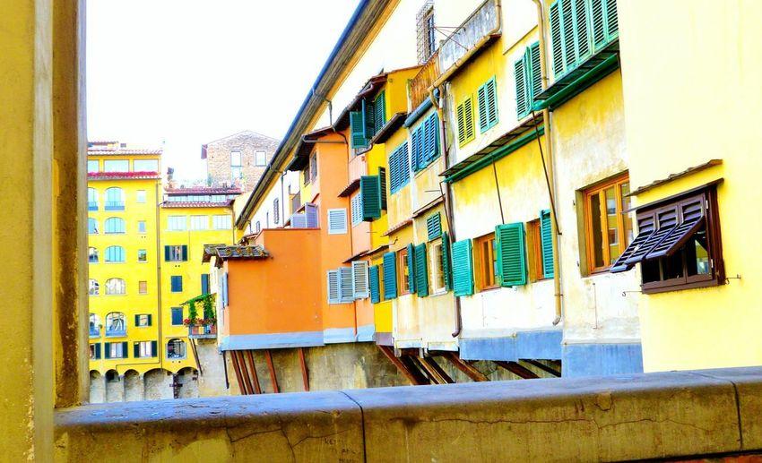 Dolcevita  City View  Wonderful Place Eyemphotography Firenze Italy Ponte Vecchio Bridges Colours Hello World Enjoying Life Toscana