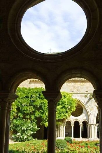 Fontfoide Abbey Historical Building Historical Place Historic Site Historic Building Fontfoide Abbey Ancient Abbey Ancient Architecture Ancient Monastery Cloisters  Medieval Medieval Architecture France Medieval Church