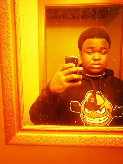 Fresh Haircut Dirty Mirror -_-