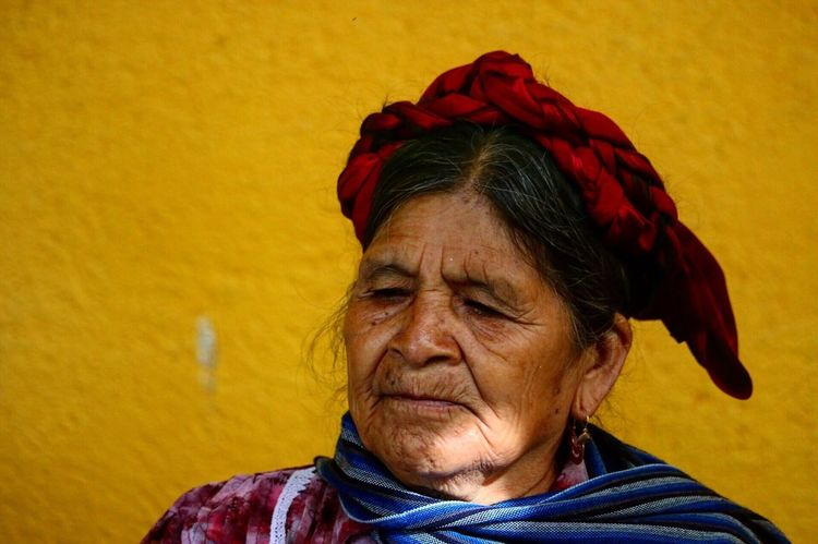 Senior Adult Real People Wrinkled One Person Yellow Senior Men One Senior Man Only Indoors  Day Oaxaca México  Rurallife  Market Stall People Photography Mexico Close-up Cultures
