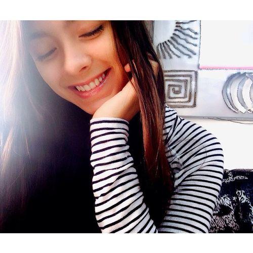 Si le sonríes a la vida ella también te sonreirá fácil Hello World Smile Smiling Enjoying Life