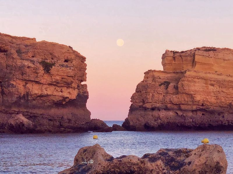 Algerve Moon Sunset Sun Photography EyeEm Best Shots Bestoftheday Rock Rock - Object Solid Rock Formation Water Sky Beauty In Nature Nature Sea Tranquility Tranquil Scene Land Travel Destinations