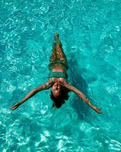 Бассейн летом-класс бассейн лето First Eyeem Photo