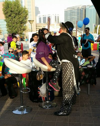 Uae,abudhabi Etihadairways 3rd Annual Charity Event Run For A Cause Drawing :) on the Face