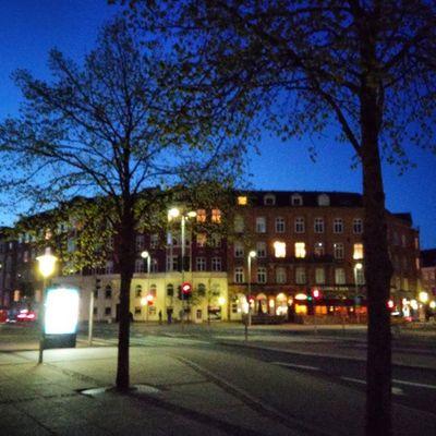 Aalborg de noche