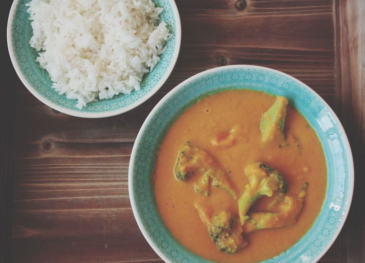 Hello World Jam Jam *_* Foodporn Foodphotography Rice White Rice Carrots Broccoli Curry Coconutmilk Taking Photos On My Plate Hasselbrooklyn Throughmyeyes Hamburg Germany🇩🇪