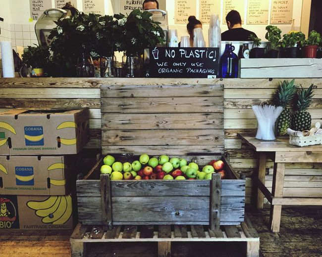 Fruit Healthy Eating For Sale Small Business Variation Retail  Freshness Abundance Food And Drink Food Market Apple - Fruit Store Large Group Of Objects Choice Day Outdoors Consumerism Business No People Juice Juicery Smoothie Wooden Box Wood - Material