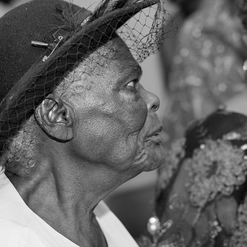 🎶 Grandma's hands clapped in Church on Sunday Morning /Grandma's hands played the tambourine so well 🎶 Bnw_photografare Andyjohnsonphotography Great_bnw_nature Grenada Teamnikon 50mm Thebest_capture Thetopfaces Portraiture Teamnikon Facesoftheearth Ig_masterpiece Ig_today Ig_serenity