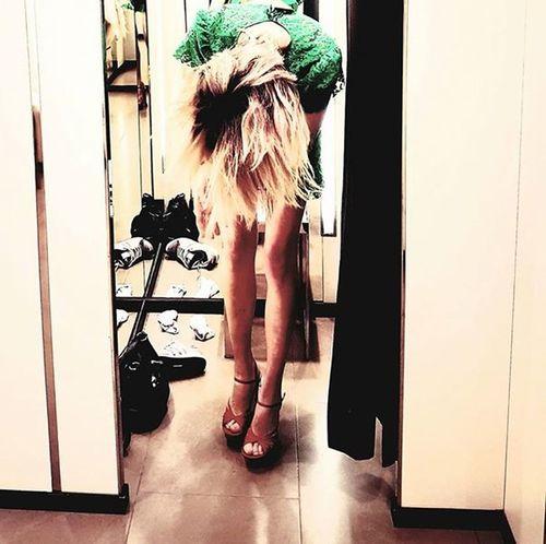 Dress Green Color Zara ❤ Blond Hair Cabine Essayageshopping Indoors  Jambes Lifestyles Women