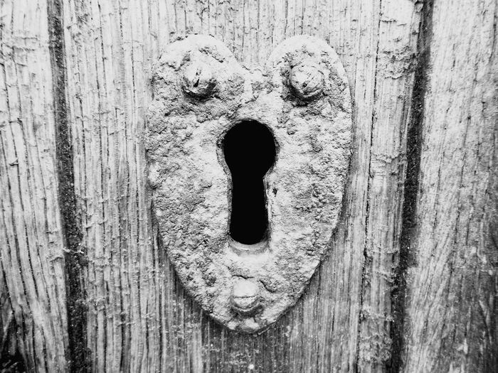 Close-up No People Wood - Material Outdoors Urbanphotography Blackandwhite Black And White Blackandwhite Photography Black&white Black & White Keyhole Of The Church