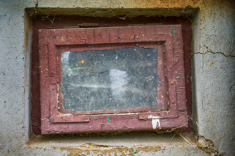 Architecture Old Window Built Structure Wall - Building Feature No People Building Exterior Weathered Building Abandoned Day Damaged House Outdoors Run-down Bad Condition History Deterioration Decline Glass - Material