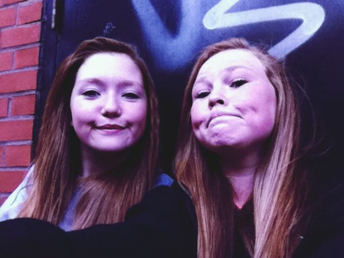 Love this girl like xx Hanging Out