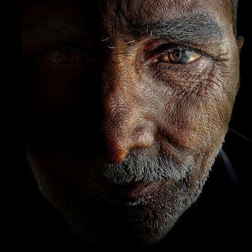 Abdul khader the welder Humans Portraiture The Portraitist - 2015 EyeEm Awards Portrait Closeup-potrait Close Up Human Emotion Leyonphotography