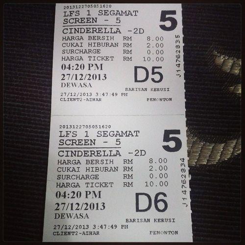 Terbaik...Cinderella Fizoomar Nelydiasenrose ...kena standby tisu dulu