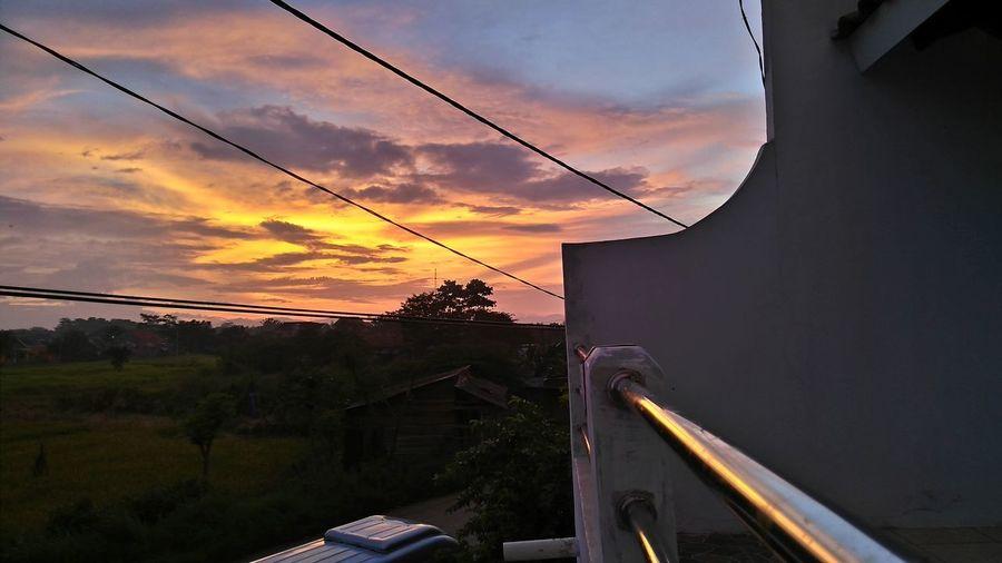 Original Photography Hanging Out Hello World Indo Sunset #sun #clouds #skylovers #sky #nature #beautifulinnature #naturalbeauty #photography #landscape Adachi