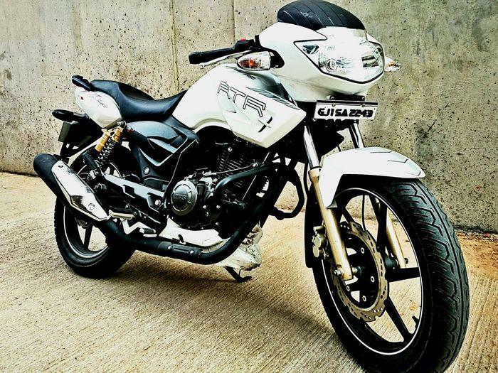 My Daily Commute My Dream ApacheRTR180 My Ride