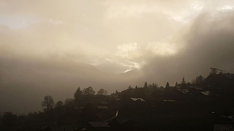 Fog Sky Swiss Mountains Switzerland Swiss Alps Home Is Where The Mountains Are! 🗻 ❄ Sunbeam Sunset Sunset Silhouettes Cloud - Sky