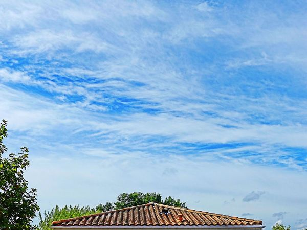 Au dessus des toits Blue Ciel Et Nuages Clouds And Sky CIELFIE Ciel En Couleurs Skyfie Sky Cloud - Sky Nuages