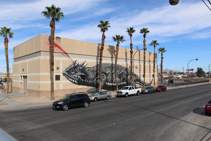 Adapted To The City Las Vegas Graffiti Lizard Spray Paint Street