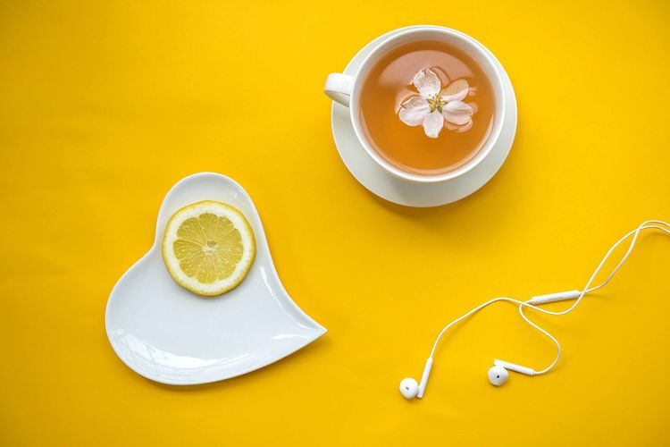 white and yellow Heart Shape Plate White Yellow White And Yellow Citrus Fruit Lemon Tea Cherry Flower Earphones Head Phones Ear Phones White Earphone Drink Beverage Flatlay Flatlayphotography Still Life Cup Table Hot Drink Tea Cup Directly Above Diet Healthy Lifestyle EyeEm Best Shots Best Of EyeEm Minimalism Minimal Beautiful Mug Food Food And Drink Springtime Concept Day Holiday Relaxing Resting Resting Time Bright Colorful Image Horizontal Copy Space