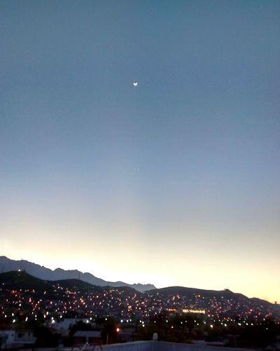 Col. Roma Puesta De Sol Mountains Monterrey