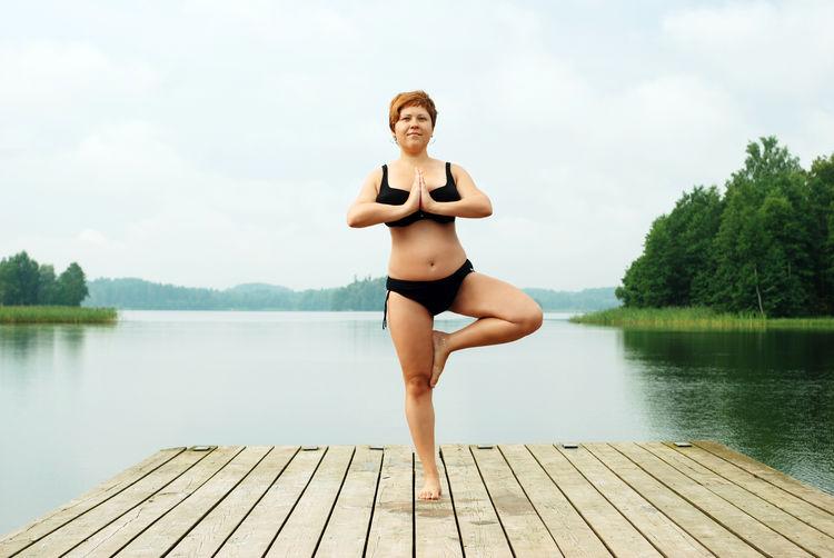 Natural Light Woman Girl Joga Healthy Lifestyle Sports Photography Sports Training Outdoor Summer Balance Zen Joga At The Beach.