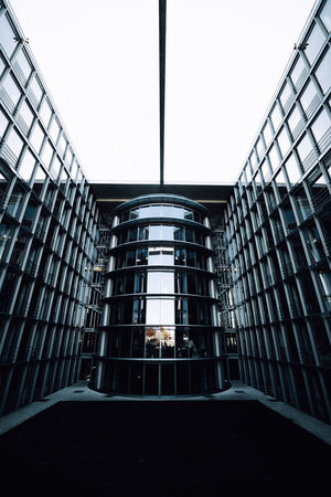 Architecture Built Structure Window Building Modern Glass - Material City Sky Low Angle View Symmetry Reflection Office Building Exterior Architecture Hauptbahnhof Berlin Exploring EyeEm EyeEm Best Shots Travel Destinations Lines Geometry Outdoors Taking Photos