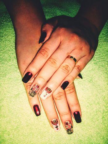 BellaBeattrice designer de unhas. WhatsApp 14 98131-5813 - Jaú/SP. Jaú Nail Polish Fingernail Painting Fingernails Nail Art Females