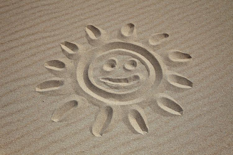 Stylized sun in the sand Creativity Holiday Stylized Summer SUMMER BREAK Summer Holiday Summer Season Summer Vacation Summertime Sun Sunshine