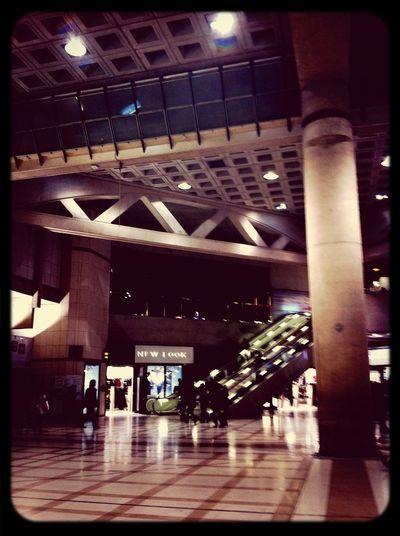 I'm waiting for you ... Walking Around Paris Les Halles