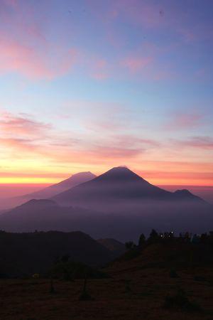 Mountain Potrait Prau Praumountain Blue Sunrise Tree Mountain Sunset Dawn Sky Landscape Cloud - Sky Fog Magenta