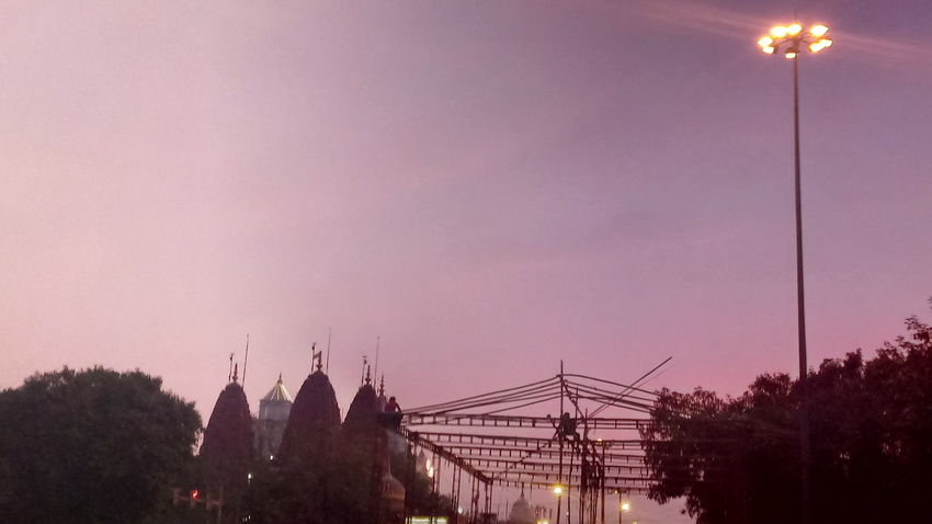 No Filter Temple View Evening Sky Every Picture Tells A Story Olddelhi Delhi6 India Beauty In Ordinary Things Viewpoint EyeEm EyeEmNewHere EyeEm Gallery Eyeem India First Eyeem Photo EyeEm Selects