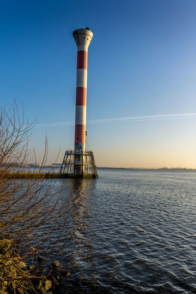 Alba Amburgo Beauty In Nature Blankenese Business Finance And Industry Day Deutschland Elbe Faro Fiume Fluss Germania Germany Hamburg Leuchtturm Lighthouse Nature No People Outdoors River Scenics Sky Water